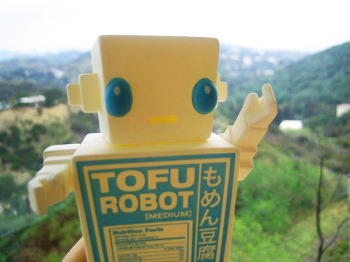 tofu robot from Quarrygirl